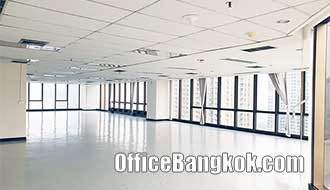 Office Space for Rent on Asoke Near Phetchaburi MRT Station 270 Sqm