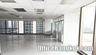 Office Space for Rent with Small Room on Asoke Area close to Phetchaburi MRT Station
