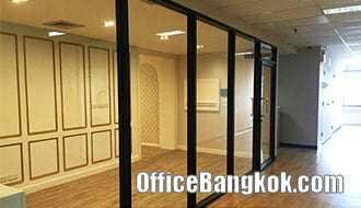 Small Furnished Office Space for Rent on Asoke close to MRT Sukhumvit Station
