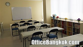 School for rent in Office Building Sukhumvit area can work 7 days 24 hours with toilet inside.